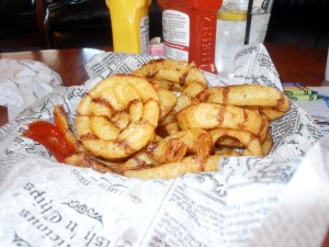Collins' Black & Tan Onion Rings